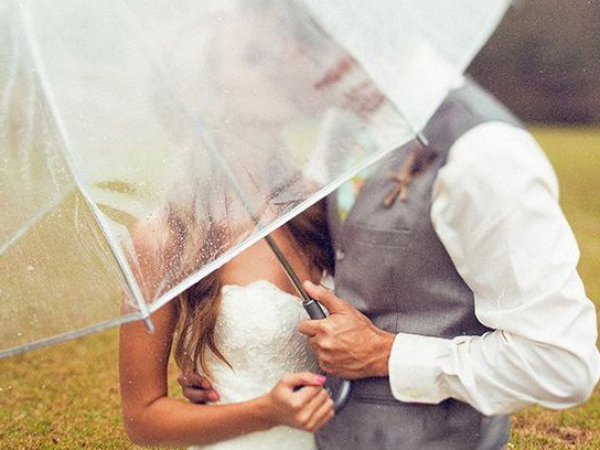 Wedding In The Monsoon: How To Survive It